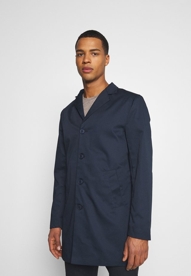 TRANS COAT - Kort kappa / rock - navy