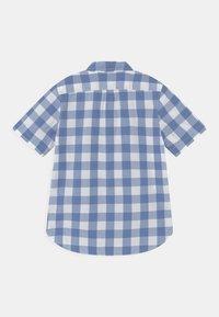 GAP - BOY - Shirt - blue white - 1