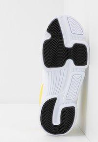 BOSS Kidswear - TRAINERS - Trainers - white - 4
