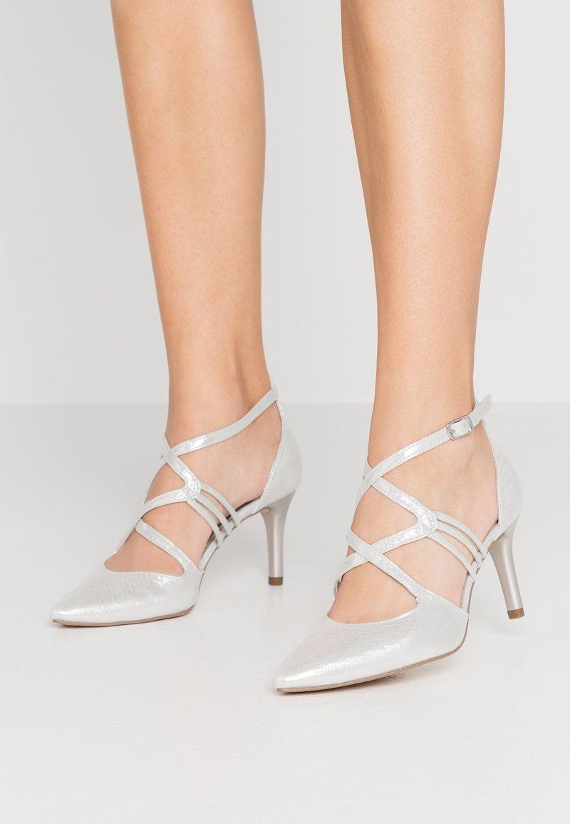 Tamaris - Classic heels - silver