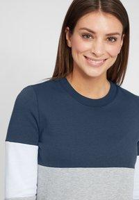 Oxmo - OMAYA - Sweatshirt - insignia blue - 3