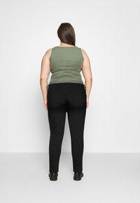 Marks & Spencer London - IVY SKINNY - Jeansy Skinny Fit - black denim - 2