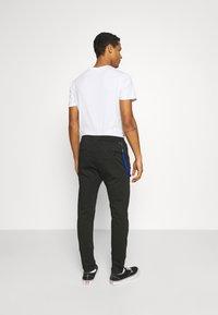 Replay - PANTS - Pantaloni - blackboard - 2