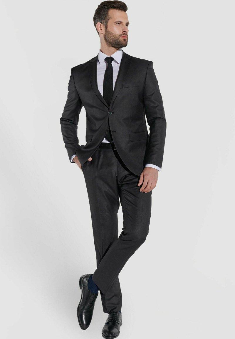 Steffen Klein - Suit - anthrazit