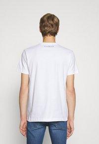 John Richmond - BESKADA - Print T-shirt - white - 2