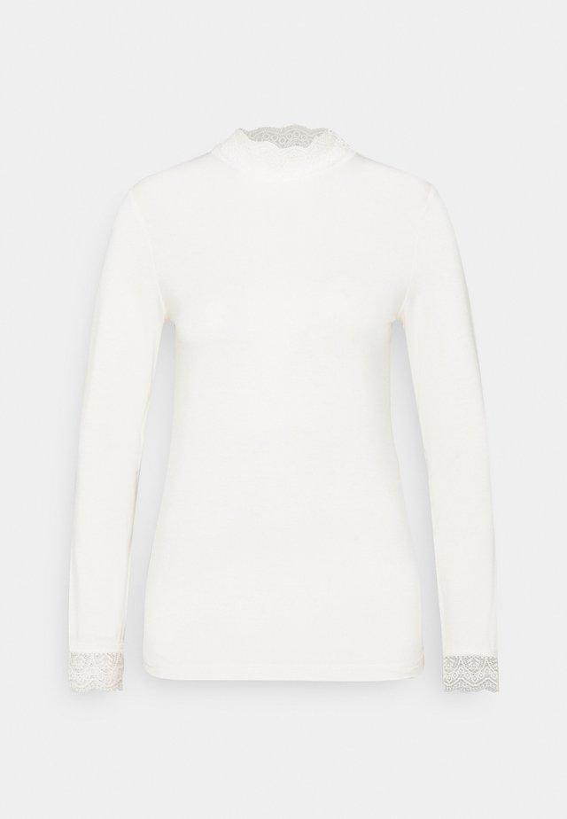 ESSENTIAL - T-shirt à manches longues - cloud dancer