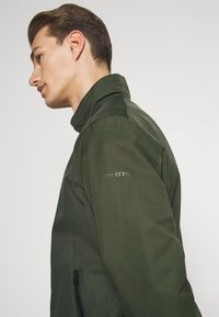 Marc O'Polo - JACKET REGULAR FIT STAND UP COLLAR - Summer jacket - dried herb - 3