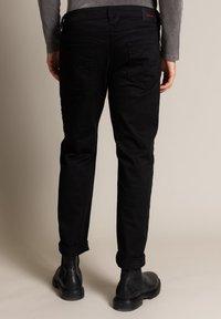 Diesel - Straight leg jeans - schwarz - 2