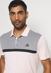 adidas Golf - PERFORMANCE SPORTS GOLF SHORT SLEEVE  - Polotričko - pink tint/grey melange - 4