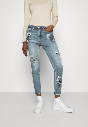 MIAMI - Jeansy Slim Fit - denim medium