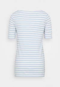 Marc O'Polo - SHORT-SLEEVE BOAT-NECK STRIPED - T-shirts med print - light blue - 1