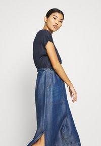Gerry Weber Casual - A-line skirt - denim daze - 3