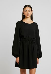 Nly by Nelly - VOLUME BACK FOCUS DRESS - Day dress - black - 0