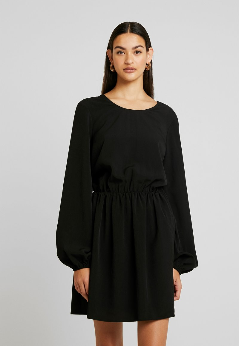 Nly by Nelly - VOLUME BACK FOCUS DRESS - Day dress - black