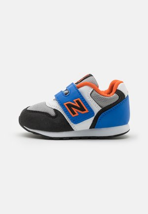 IZ996MBO - Sneakers - blue/orange