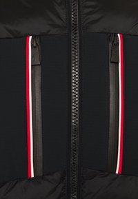 Toni Sailer - COLIN SPLENDID - Ski jacket - black - 9