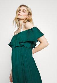 Women Secret - SHORT SLEEVES MEDIUM DRESS - Complementos de playa - pine green - 3