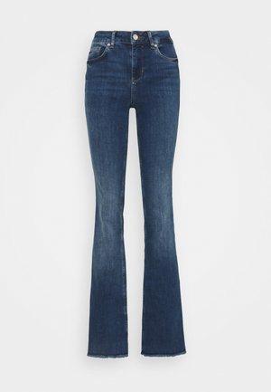BEAT - Jeans a zampa - denim blue justify was