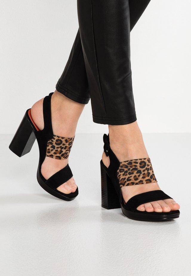 FABRI - Sandály na vysokém podpatku - nero