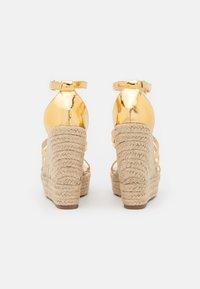 BEBO - MIRELLE - Platform sandals - gold - 3