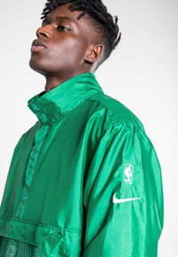 Nike Sportswear - Training jacket - clover/classic green/black/black - 3