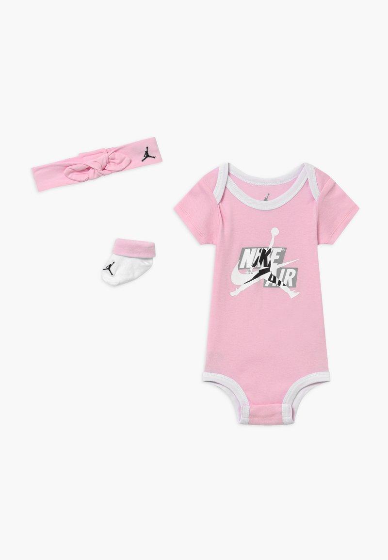 Jordan - JUMPMAN CLASSICS SET - Baby gifts - pink foam