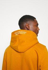 GAP - Hoodie - autumn orange - 3