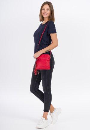 ADELE - Across body bag - red