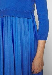 WEEKEND MaxMara - BARABBA - Sukienka z dżerseju - fiordaliso - 5