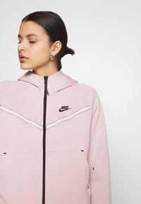 Nike Sportswear - Zip-up sweatshirt - champagne/black - 3