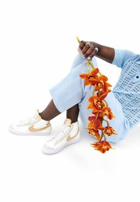 Nike Sportswear - BLAZER MID - High-top trainers - off white - 2