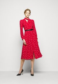 MICHAEL Michael Kors - SIGNTRE LOGO - Shirt dress - crimson - 1