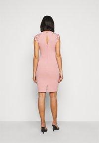 SISTA GLAM PETITE - MAZZIE - Cocktail dress / Party dress - pink - 2
