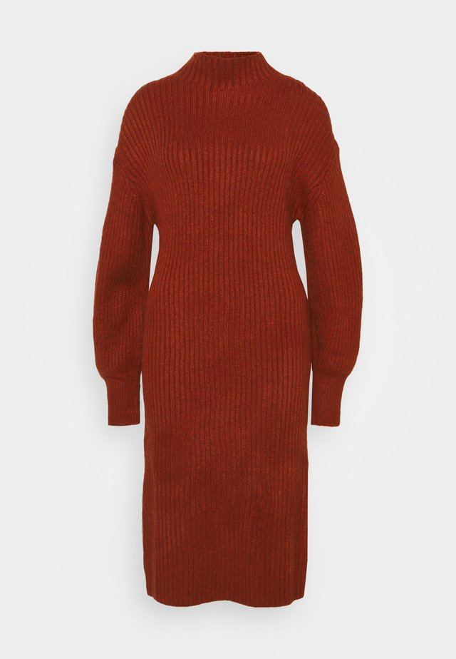 SLOUCHY  - Robe pull - red