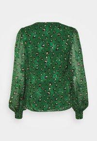 Never Fully Dressed - GREEN LEOPARD ADA - Bluser - green - 1