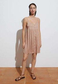 OYSHO - Day dress - light pink - 3