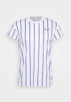 SLAM - T-shirt med print - white/ghost green