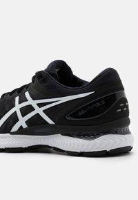 ASICS - GEL NIMBUS 22 - Neutral running shoes - black/white - 5