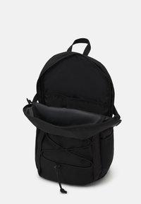 Carhartt WIP - DELTA BACKPACK UNISEX - Rucksack - black - 2