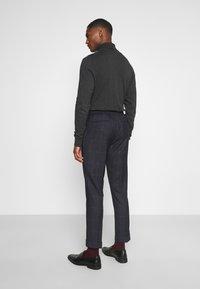 Isaac Dewhirst - CHECK UNSTRUCTURED - Costume - dark blue - 5