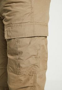 Carhartt WIP - AVIATION PANT COLUMBIA - Cargo trousers - sand - 5