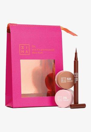 THE EYE-DIGITS GIFT SET - Makeup set - -