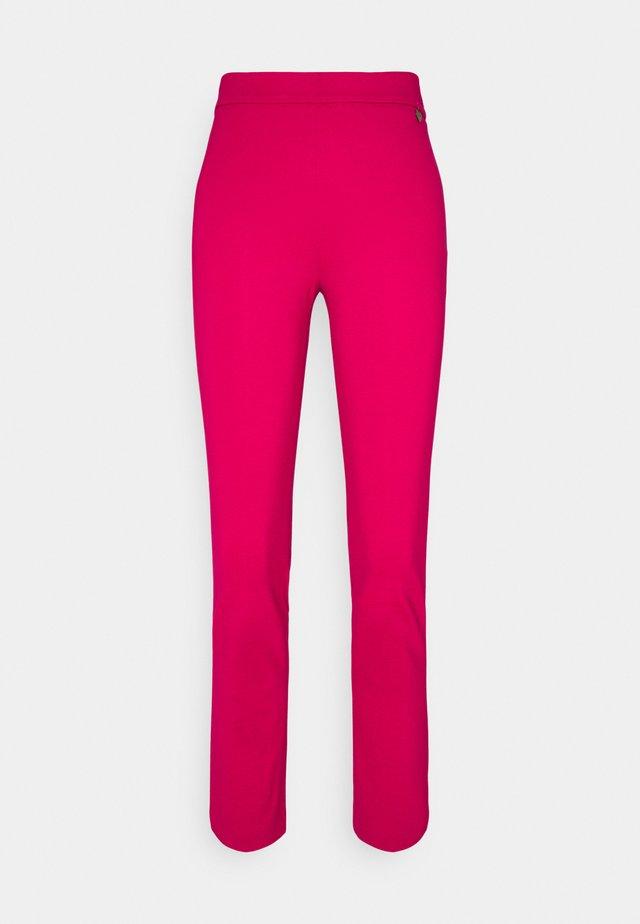 Trousers - cerise