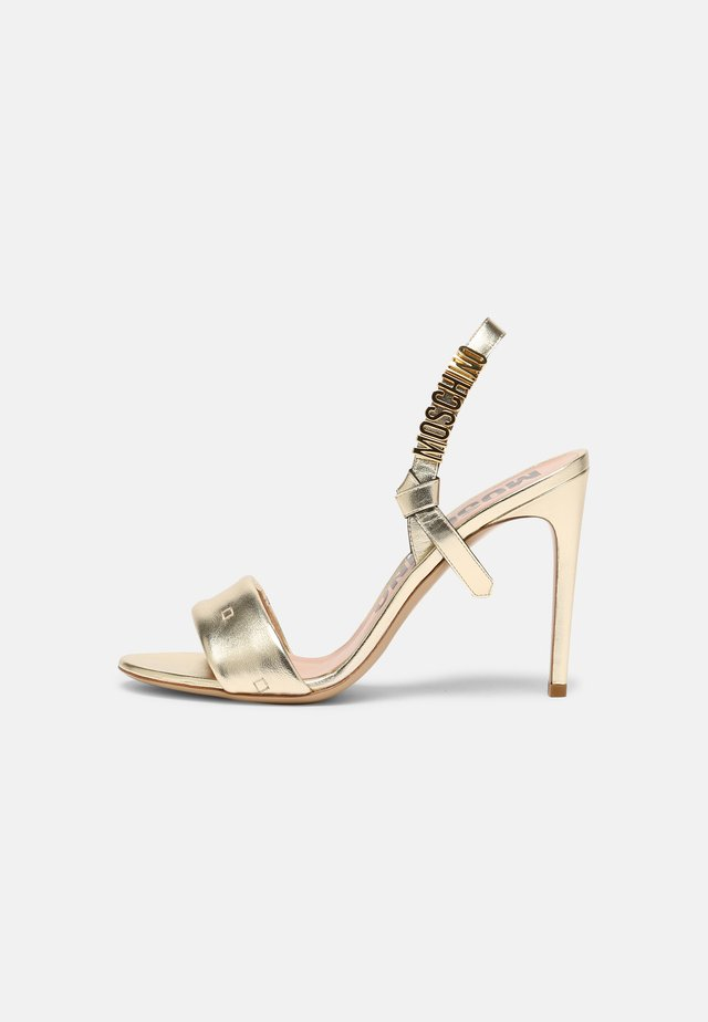 Sandały - platino