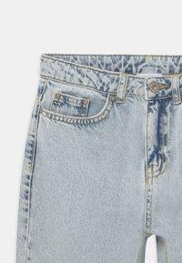Grunt - MOM DOOP DAMAGE  - Jeans Relaxed Fit - light-blue denim - 2