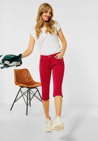Street One - Denim shorts - rot - 2