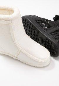 Bogner - TROIS VALLÉES  - Winter boots - black - 7