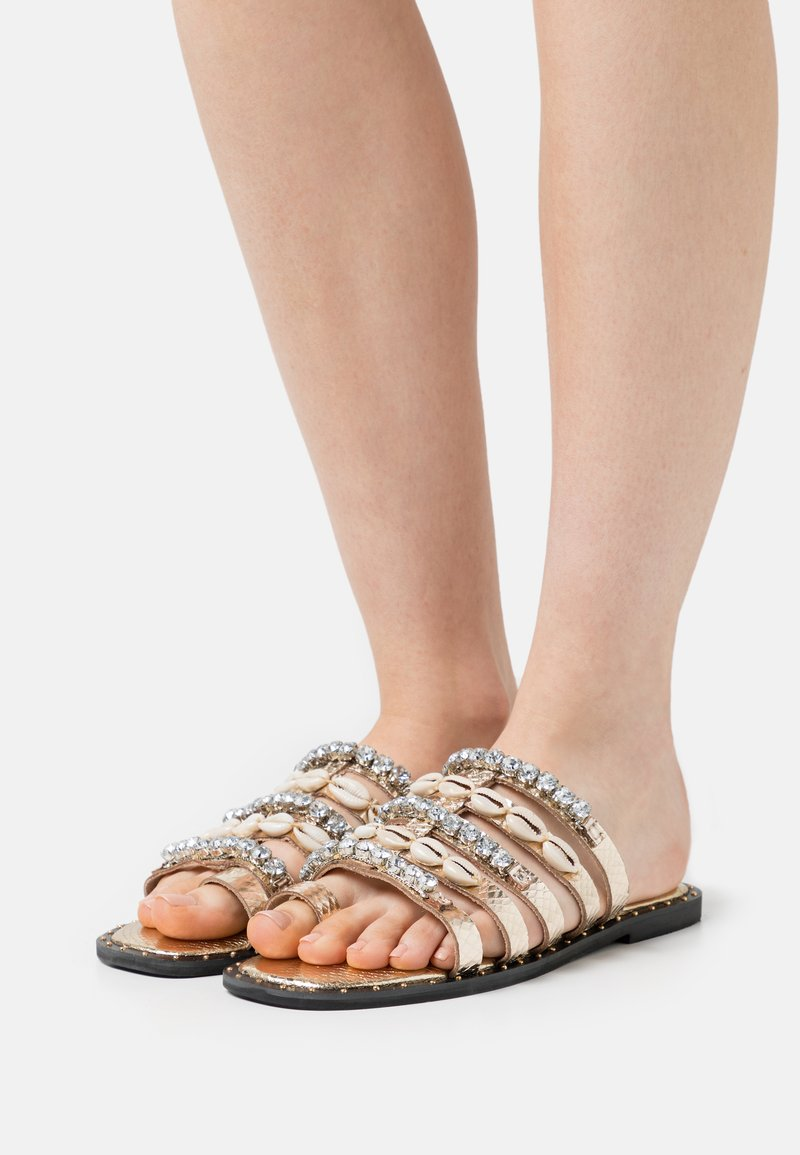 River Island - T-bar sandals - rose gold