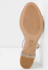 Fabienne Chapot - YASMINE  - Sandals - silver - 6