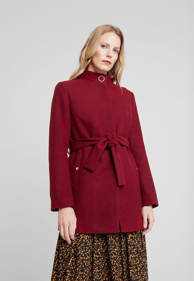 BELTED SHORT COAT - Short coat - red